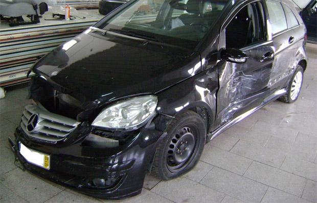 Leilão de Carros Batidos