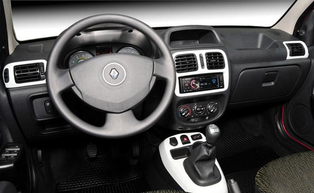 Interior do Clio 2013