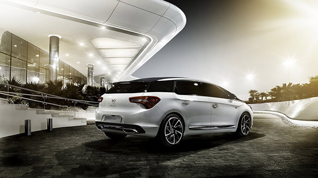 DS5 Lateral