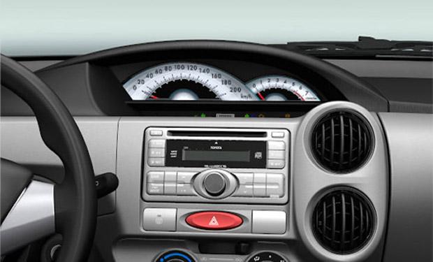 Toyota Etios 2013 painel