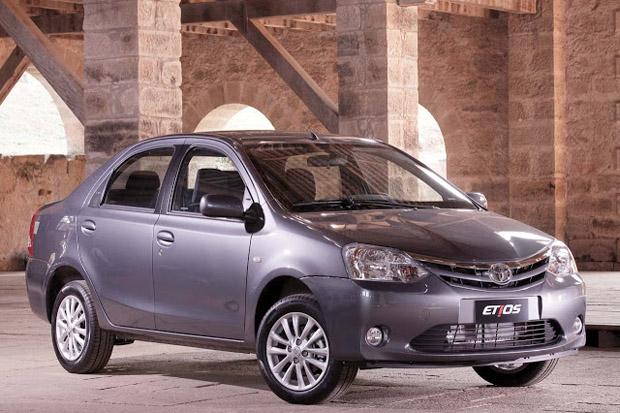 Toyota Etios Sedã
