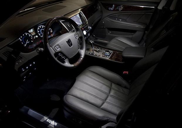 Hyundai-Equus-2013-interior-foto