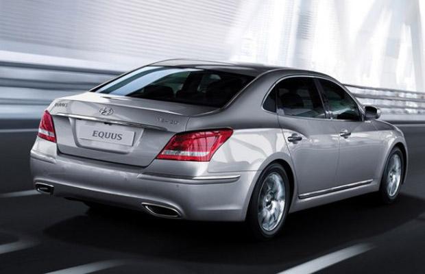 Hyundai-Equus-2013-tras-foto