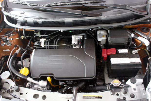 Motor Nissan March 2013