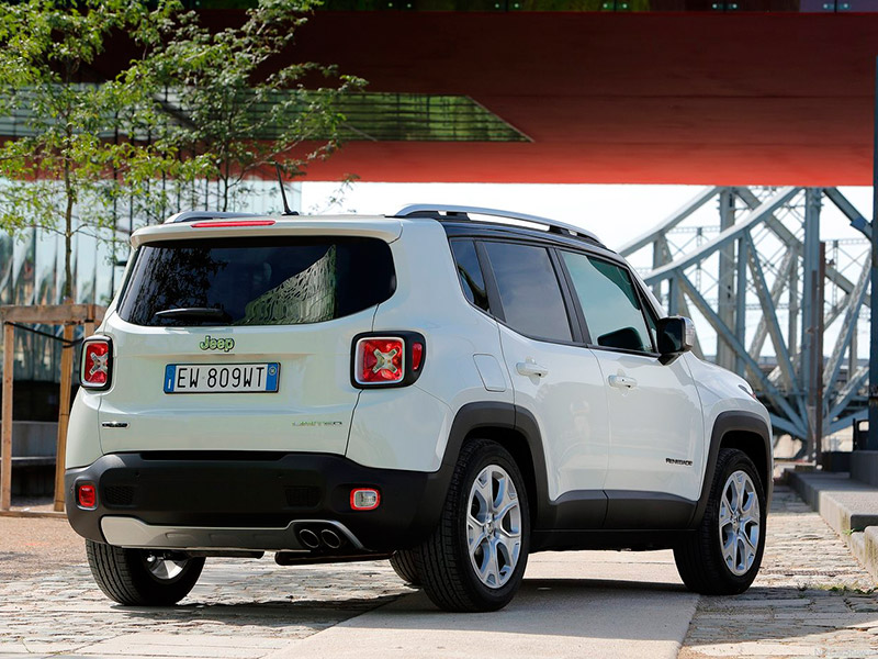 jeep renegade traseira